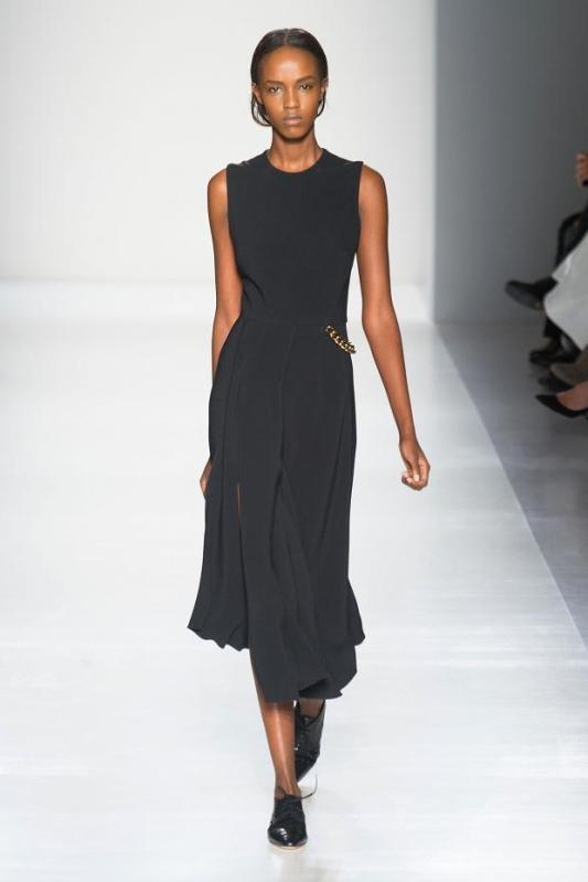 victoria-beckham-autumn-fall-winter-2014-nyfw11