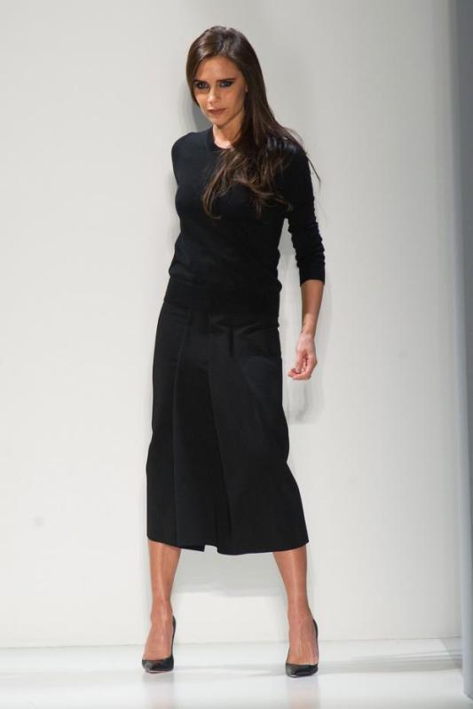 victoria-beckham-autumn-fall-winter-2014-nyfw33
