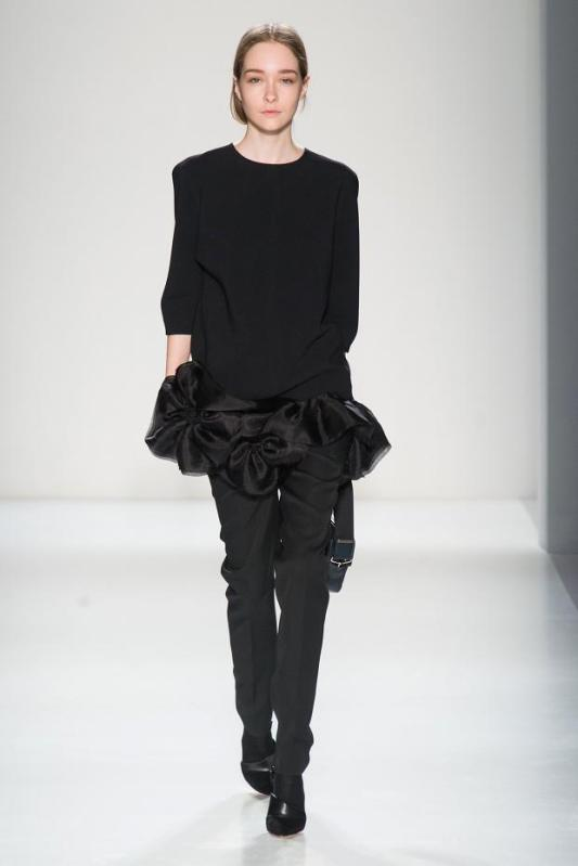 victoria-beckham-autumn-fall-winter-2014-nyfw6