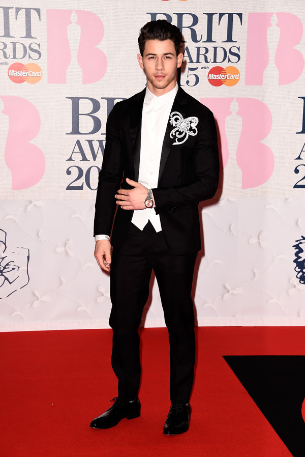 nick-jonas-brit-awards-2015-brits