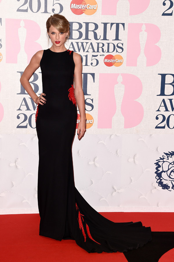 taylor-swift-brit-awards-2015-brits-2